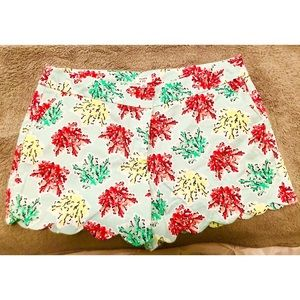 Crown & Ivy Scalloped Shorts